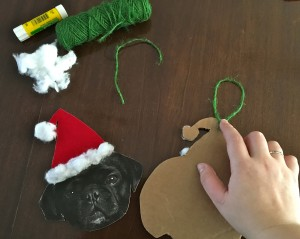 how-to-make-a-personalized-christmas-ornament-glue-string-on-back